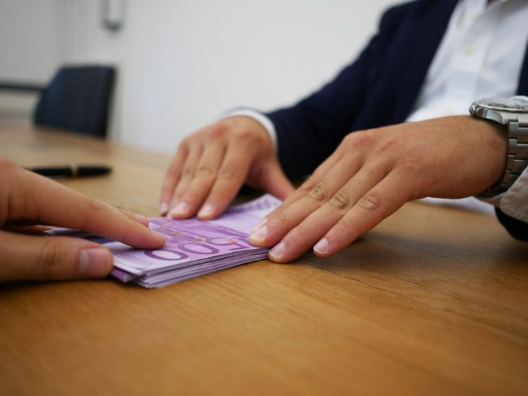 Minikredit für Österreich mit Sofortauszahlung schnell online beantragen und aufnehmen in 5 Minuten